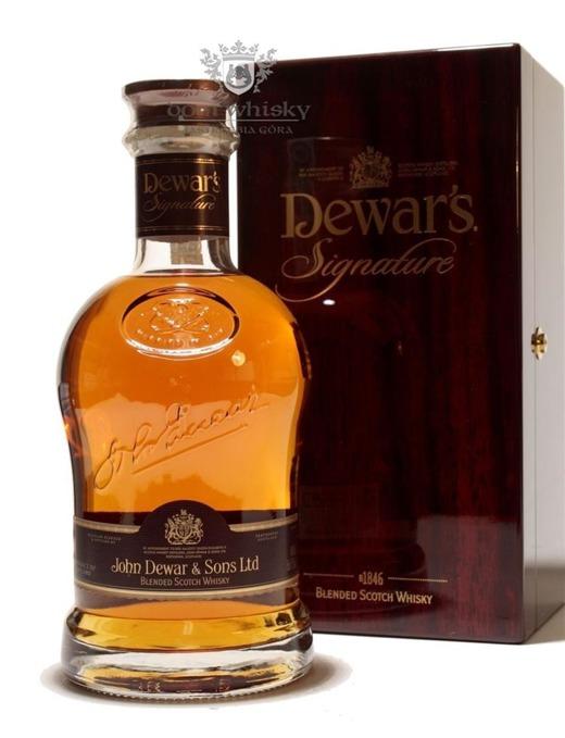 Dewar's Signature / 40% / 0,75l